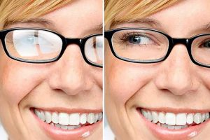 Lenses for glasses - woman with and without anti-reflection coating